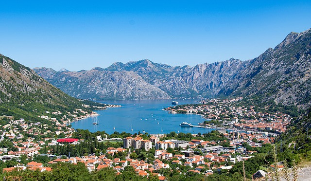 A Montenegro Holiday - lakes and mountains