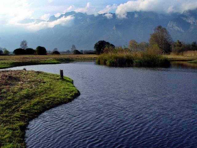 Where Is Liechtenstein -- mountains and valleys